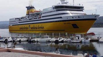 Corsica Ferries in de haven